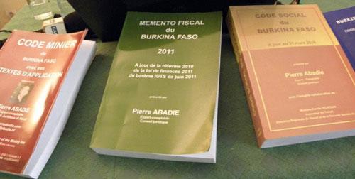 actualit publication ouagadougou du m mento fiscal du burkina faso le code des imp ts en. Black Bedroom Furniture Sets. Home Design Ideas